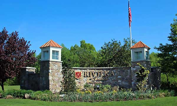 Riviera in Freehold entrence
